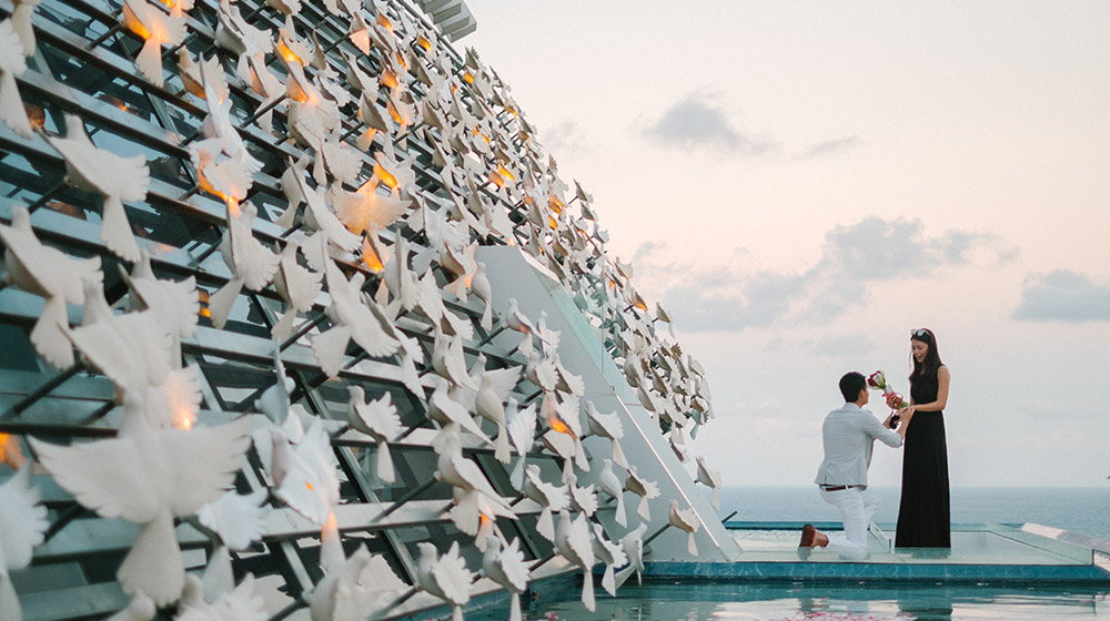 bali surprise proposal photography at banyan tree