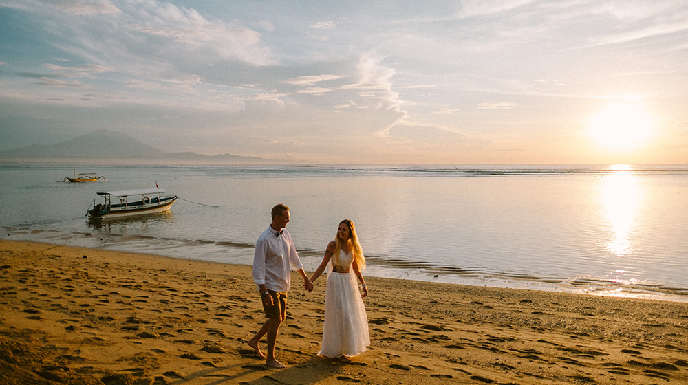 elopement photography at segara village hotel bali