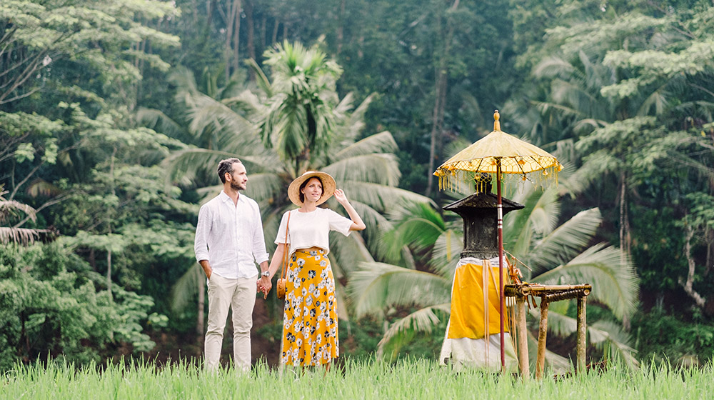 engagement session in tegalalang rice terraces