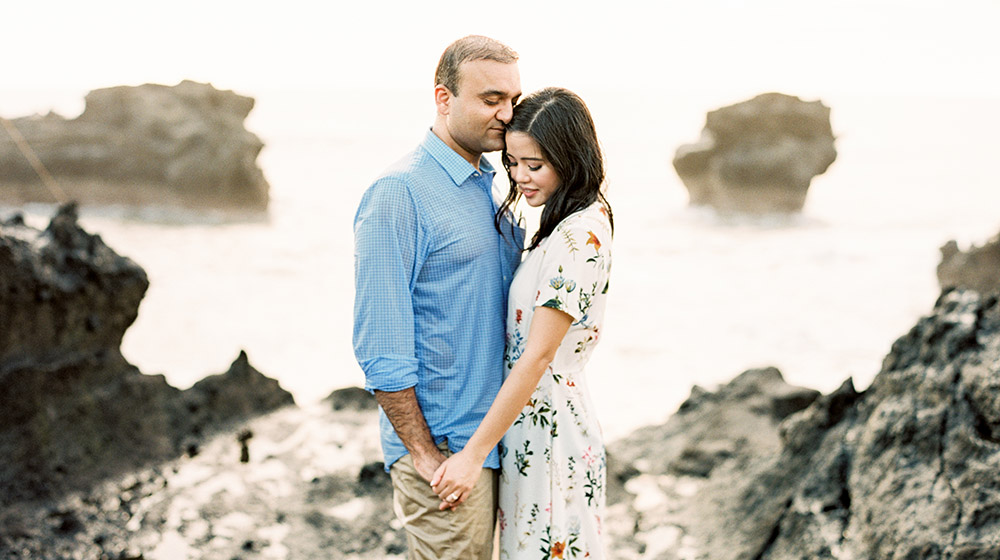 casual engagement session in bali