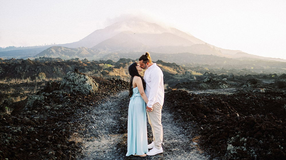 bali mountain and beach honeymoon session