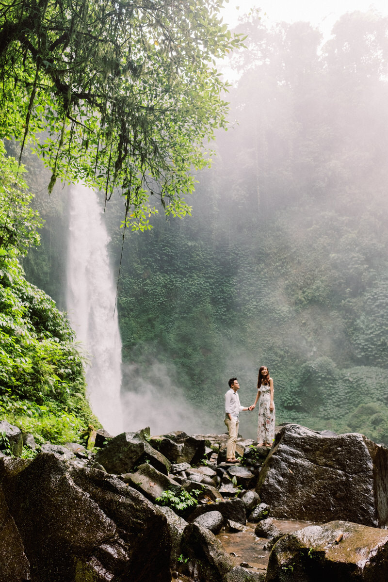nungnung waterfall wedding
