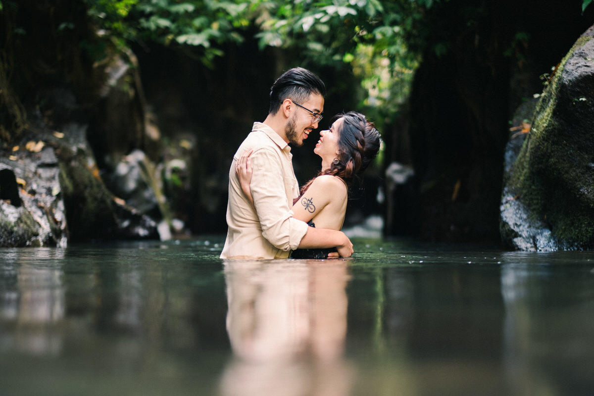 petanu river ubud photoshoot