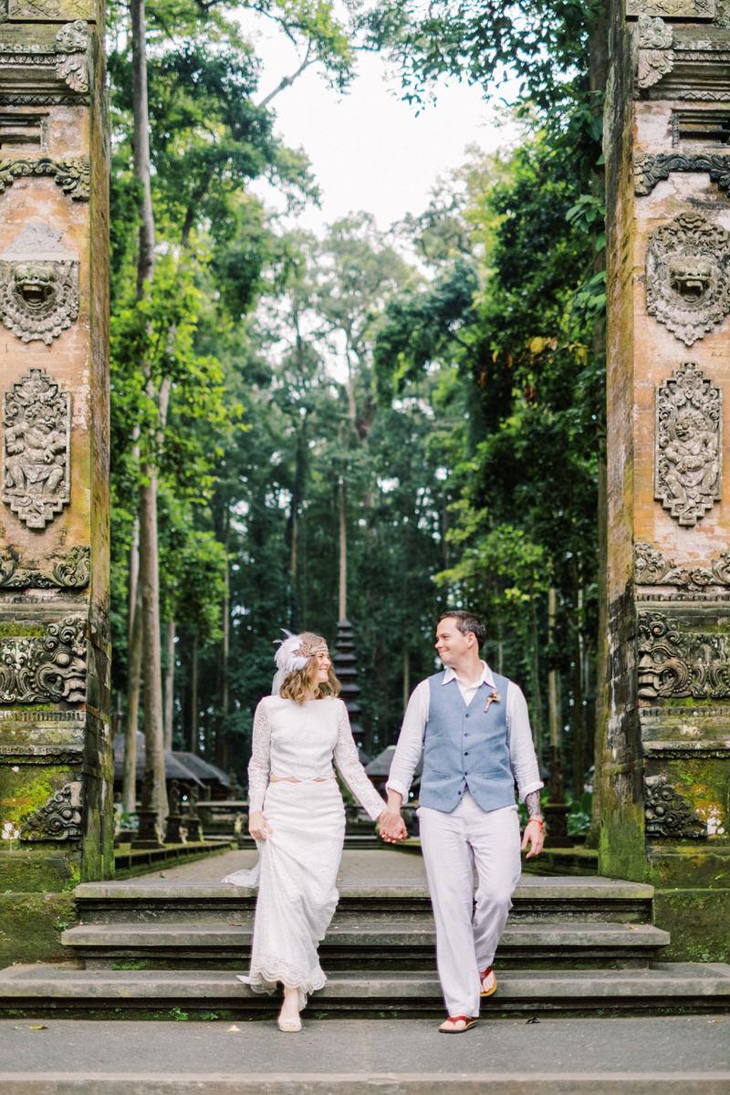 sangeh monkey forest prewedding