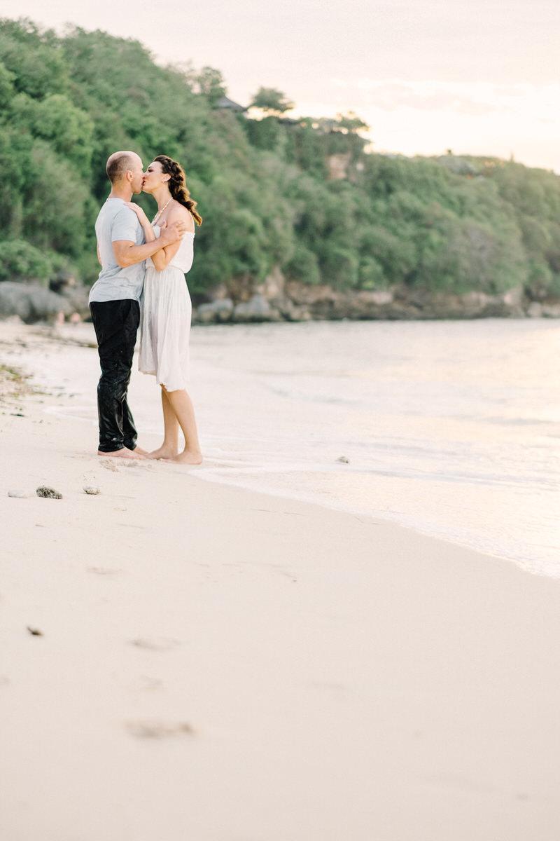 thomas beach bali photo spots