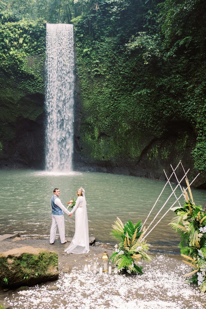 tibumana waterfall elopement
