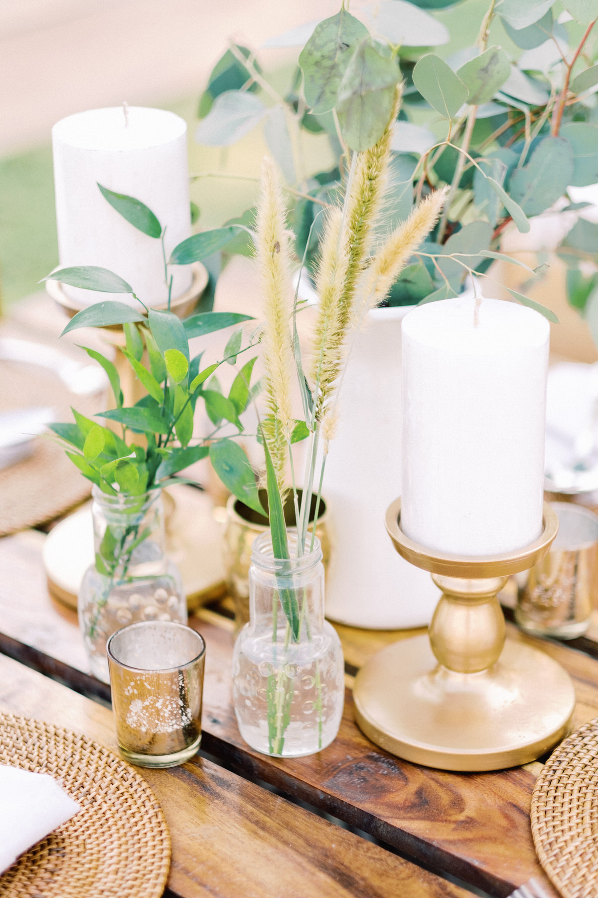 flower free boho wedding decor