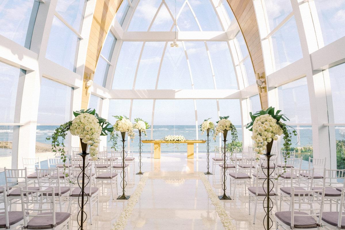 majestic chapel of the ritz carlton bali wedding