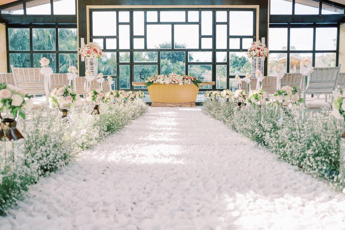 the mulia bali eternity chapel wedding