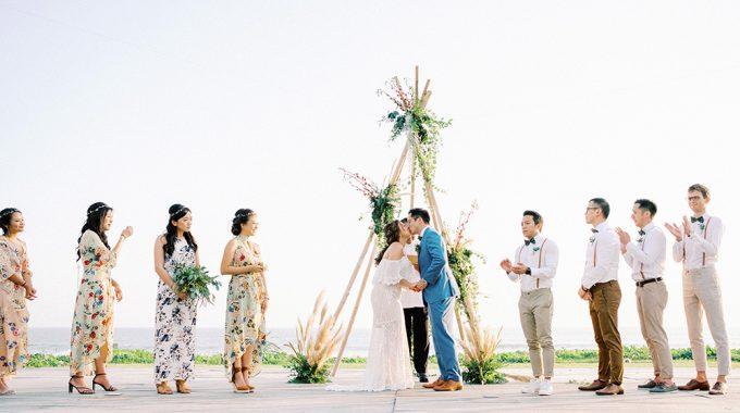 beachfront bali wedding at villa ombak biru gusmank