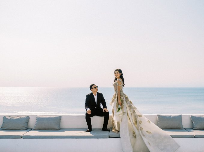 Glam Santorini Prewedding at Morabito Art Cliff