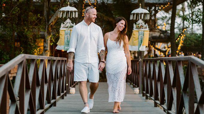 intimate bali wedding vow renewal