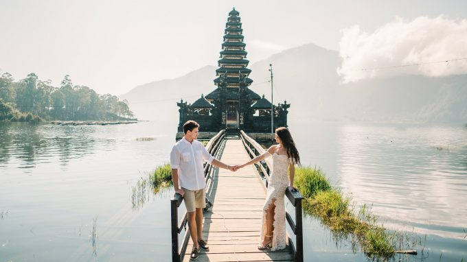 intimate honeymoon photoshoot in bali