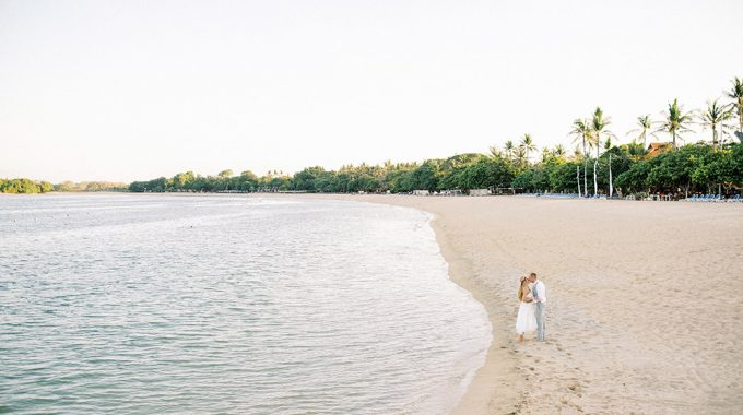 nusa dua bali honeymoon photo session