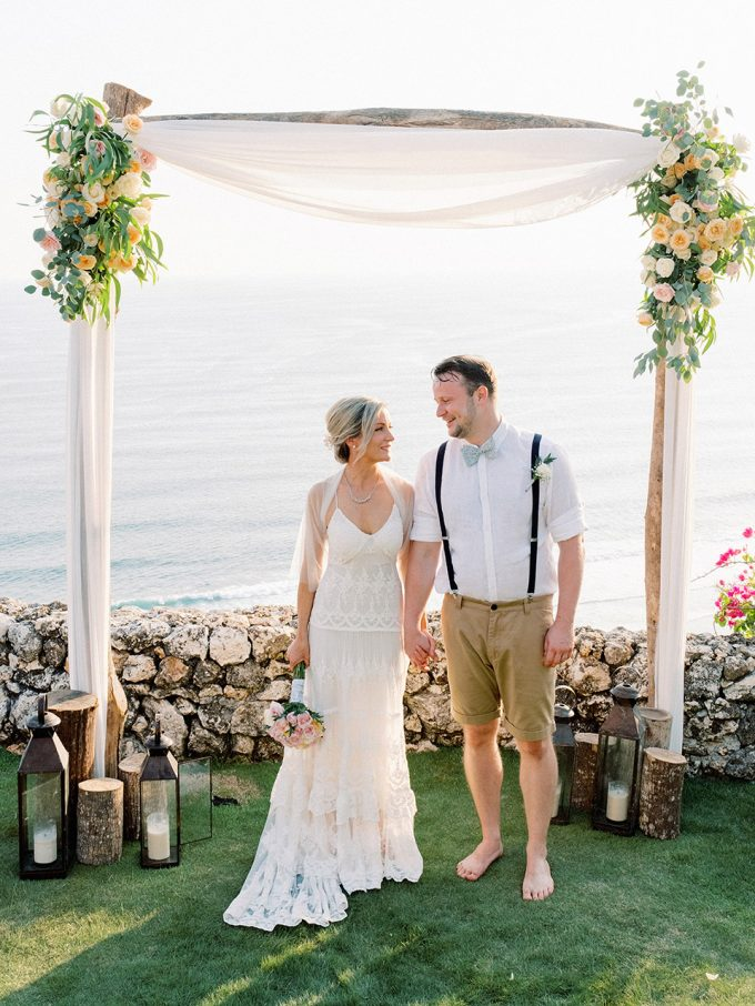 Sol y Mar Bali Cliff Top Wedding