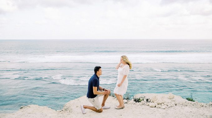 surprise proposal photography in bali