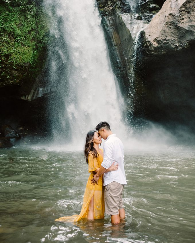 ubud engagement photography
