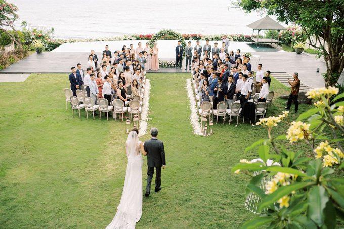 uluwatu cliff wedding