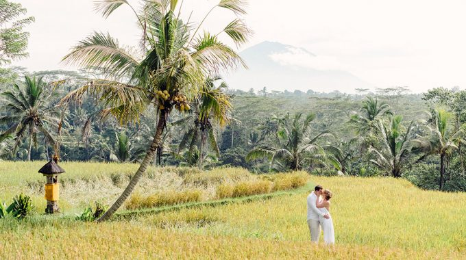 under the volcano bali honeymoon photo session