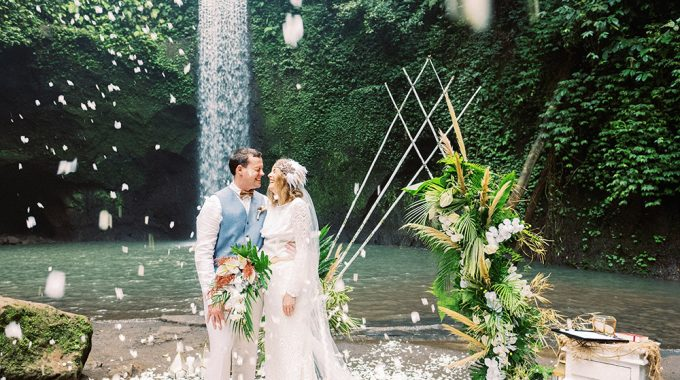 waterfall bali elopement