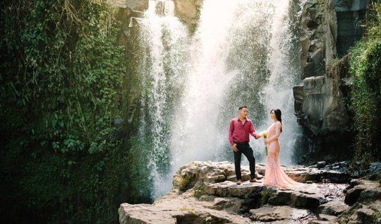 Sunrise Prewedding Photography Tegenungan Waterfall