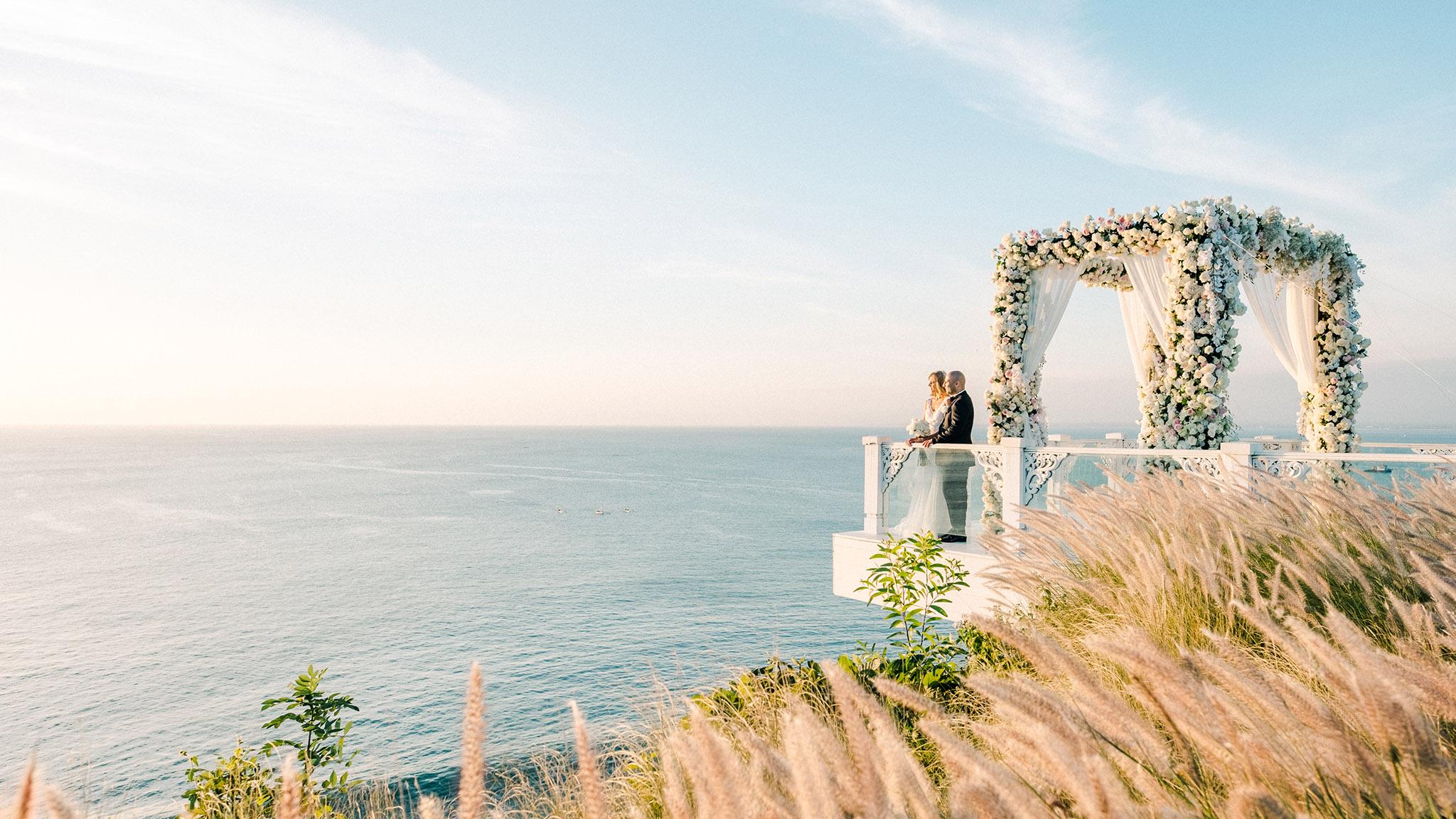 Bali Wedding Venue 7 Breathtaking Clifftop Venues: Wedding Venues By The Water At Reisefeber.org