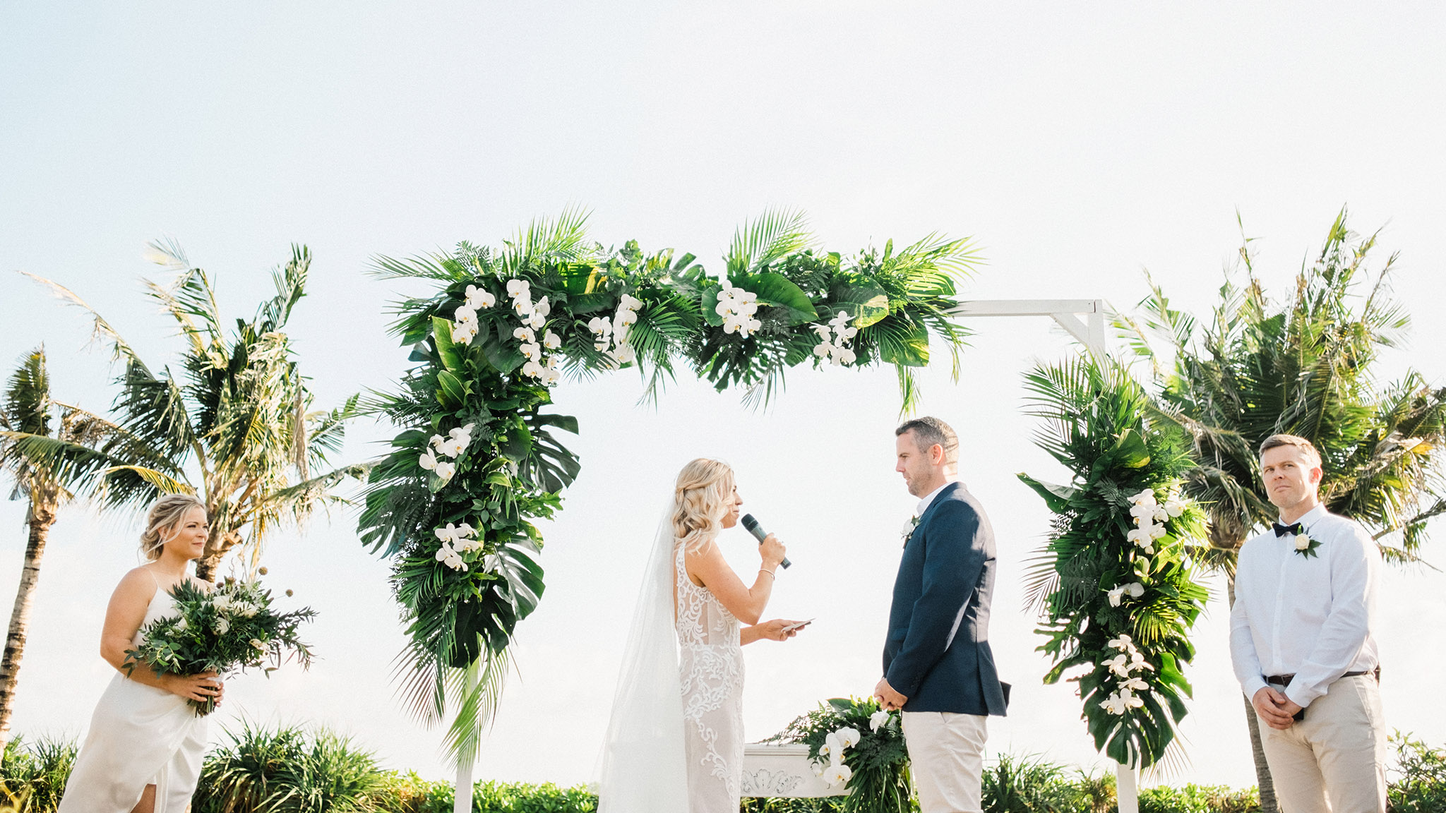 arnalaya beach house wedding