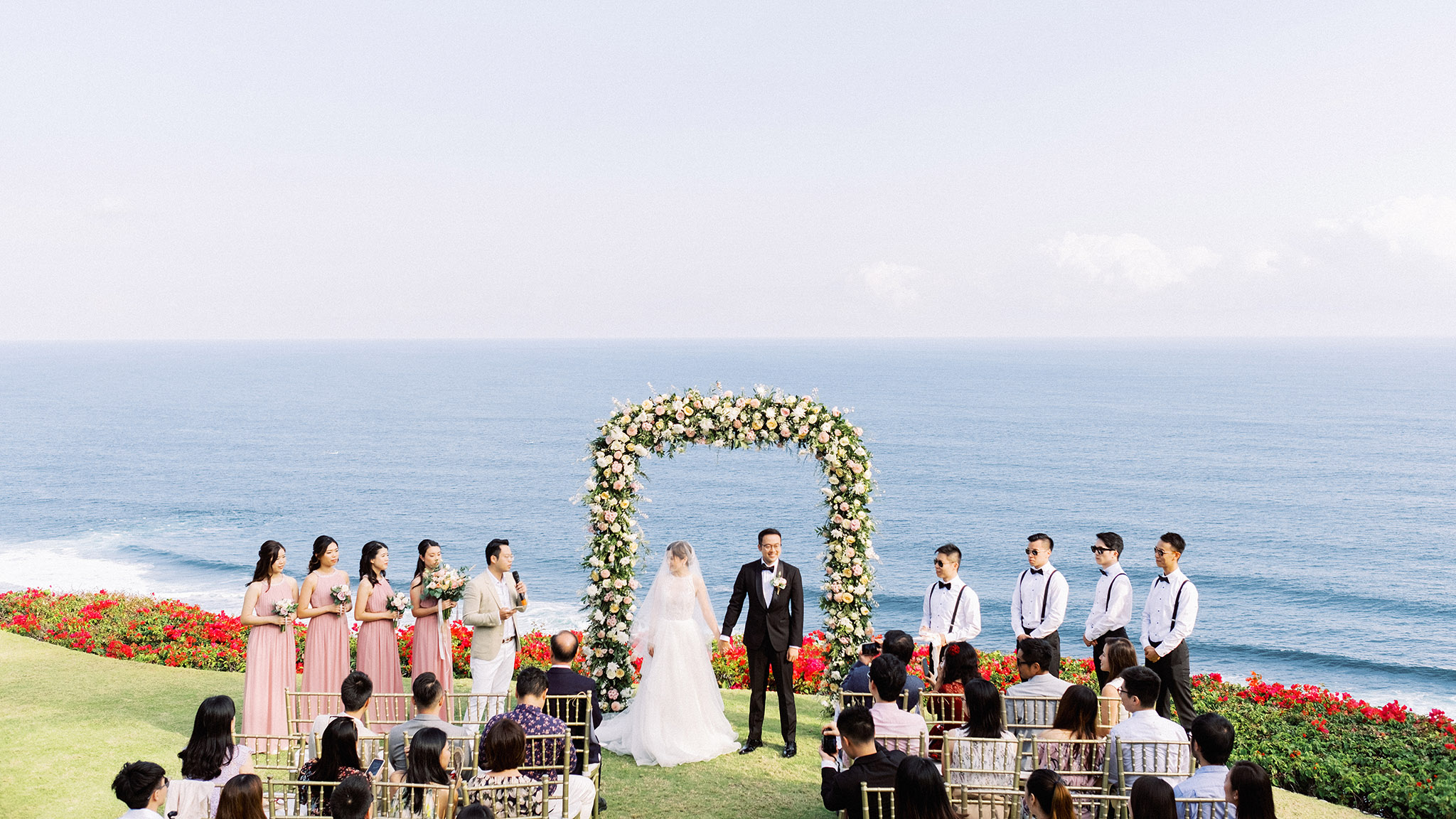 the ungasan clifftop wedding venue
